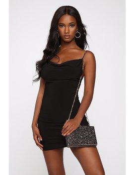 all-that-glitter-boxy-clutch---black by fashion-nova