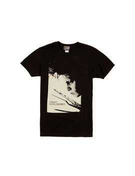 edward-scissorhands---scissors-t-shirt by disturbia