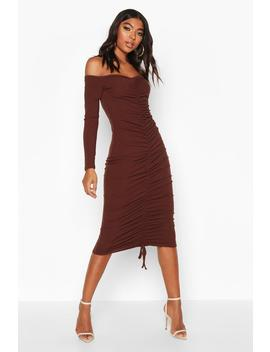 tall-ruched-rib-bodycon-midi-dress by boohoo