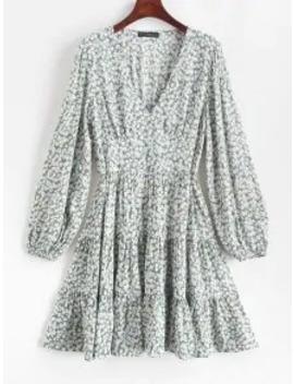 --hot-salezaful-ditsy-print-flippy-hem-plunging-dress---cyan-opaque-m by zaful