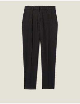 pantalon-cintré-avec-plis-nervurés by sandro-paris