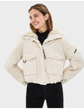 cropped-parka-with-faux-fur-hood-trim--jackets---women-|-bershka by bershka