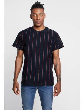 hackney-vertical-stripe-tee---t-shirt-print by new-look