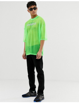 camiseta-extragrande-en-malla-flúor-con-estampado-de-gemas-hot-fix-de-asos-design by asos-design