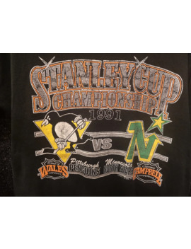 vintage-stanley-cup-championship-90s-t-shirt-size-l by vintage  ×  fruit-of-the-loom  ×  sportswear  ×