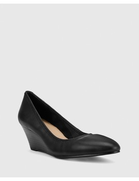 Mirren Black Leather Elasticated Wedge by Wittner