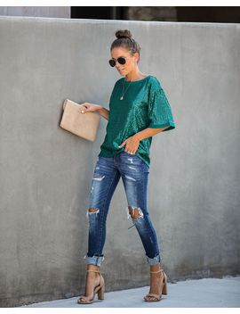dress-up-short-sleeve-sequin-top---emerald by vici