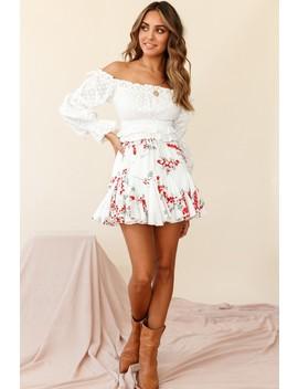 robyn-flounce-mini-skirt-floral-print-white by selfie-leslie