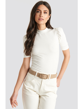 slim-oval-buckle-belt-beige by na-kd-accessories