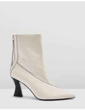 mara-point-boots by topshop