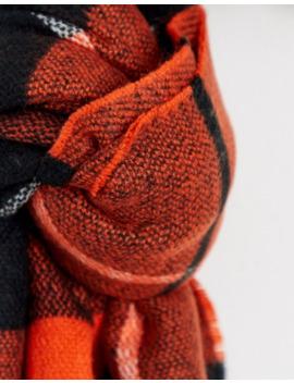 asos-design---Écharpe-longue-à-carreaux-et-bords-bruts---orange by asos-design