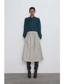 blouse-met-volants-en-stippen by zara