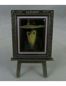 disney-catalog-pin---nightmare-before-christmas-easel-set---shock by ebay-seller