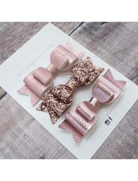 rose-gold-hairbows,-rose-gold-glitter-bow,-babys-first-birthday,-newborn-headband,-nylon-headbands,-inspirational-kids-gifts,-gold-hairbow by etsy