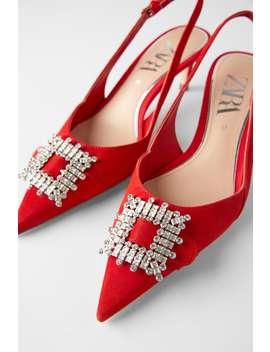 chaussures-À-talons-et-brides-arriÈre-en-cuir-avec-fermoir by zara