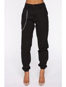 ellie-jogger---black by fashion-nova
