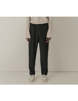 Cold Laundry Black Pleated Pants by Cold Laundry
