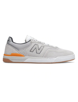 Numeric 913 by New Balance
