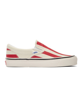 red-&-white-striped-classic-98-dx-slip-on-sneakers by vans