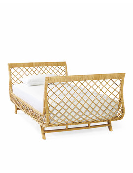 Avalon Daybed         Dybd 02 by Serena And Lily