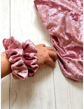 new-womens-ladies-velvet-rose-pink-shimmer-scrunchie-scrunchies-bobble-2-sizes by ebay-seller