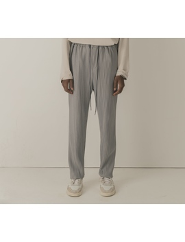 Cold Laundry Grey Pleated Pants by Cold Laundry