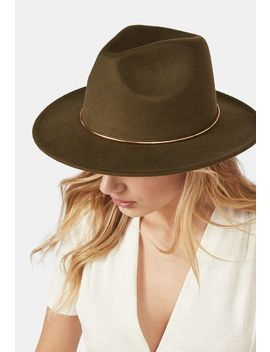 felt-hat-with-metal-detail by justfab