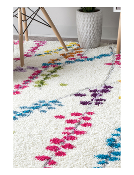 white-&-pink-floral-louvenia-shag-rug by nuloom