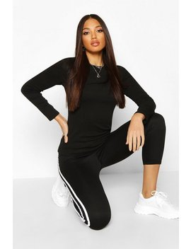 long-sleeve-crew-neck-t-shirt by boohoo