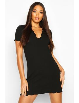 scallop-edge-shift-dress by boohoo