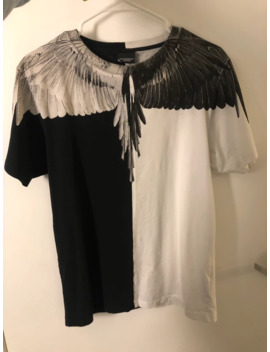 t-shirt-black-and-white-wing by marcelo-burlon  ×
