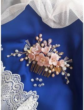 wedding-flower-comb,-floral-bridal-hairpiece,hair-comb-with-flowers,-floral-wedding-vine,-pearl-bridal-comb by etsy
