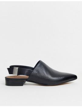 asos-design-–-miracle-–-svarta,-spetsiga-läderskor-med-platt-sula-och-hälrem by asos-design