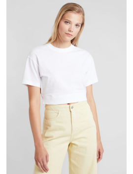 Typo Cropped   T Shirt Basique by Weekday