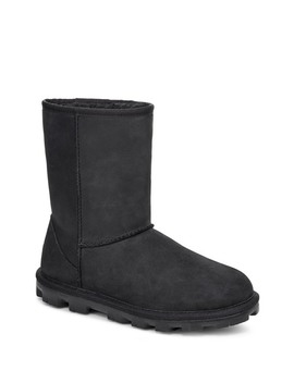 essential-short-leather-boot by ugg