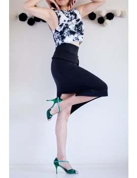 solid-black-tango-skirt--black-pencil-skirt--cotton-tango-skirt--tango-skirt-slit--pencil-skirt-with-asymmetrical-peplum-show-your-curve by etsy