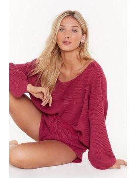 knit-happens-jumper-&-shorts-lounge-set by nasty-gal