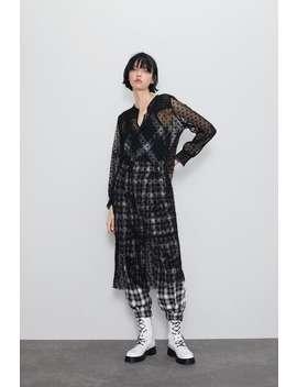 sukienka-średniej-długości-z-półprzezroczystej-tkaniny by zara