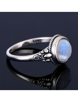 vintage-925-silver-round-natural-rainbow-moonstone-simple-design-jewelry-ring-!! by unbranded