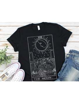 la-luna-tarocchi-card-t-shirt-vintage by etsy