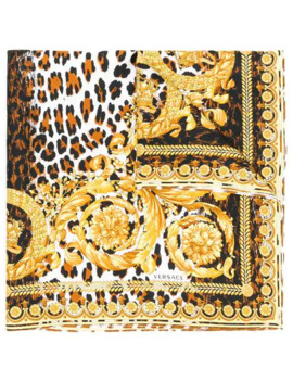 foulard-con-stampa by versace