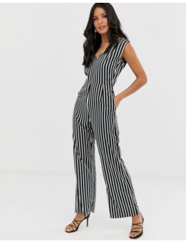 boohoo-v-neck-jumpsuit-in-mono-stripe by boohoo