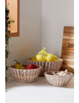 wood-nesting-bowl-set by urban-outfitters