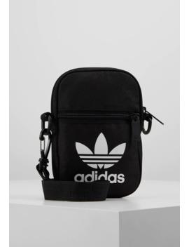fest-bag-tref---skulderveske by adidas-originals