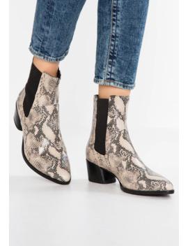 lara---cowboy_biker-ankle-boot by vagabond