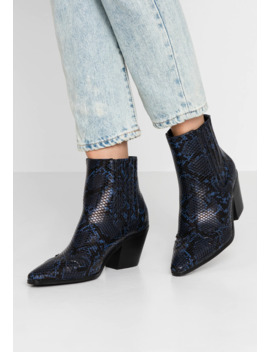 bewitch-pull-on-western---ankle-boots by miss-selfridge