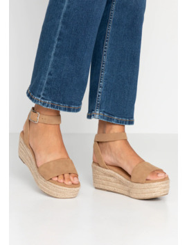 caitlin-wedge-heel---plateausandalette by rubi-shoes-by-cotton-on