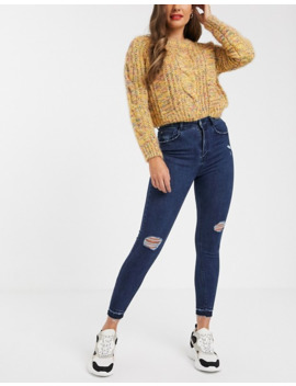 pull&bear-skinny-high-rise-capri-jeans-in-dark-blue by pull&bear