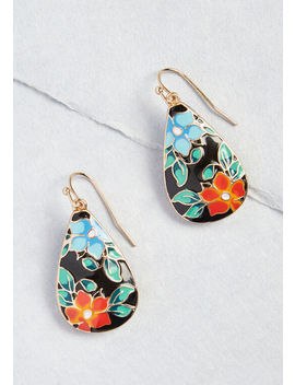 I Beg Your Garden Drop Earrings by Modcloth