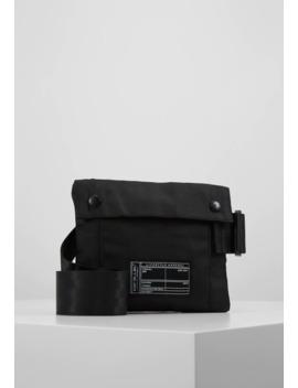 Buckle Cross Body Bag   Umhängetasche by New Look